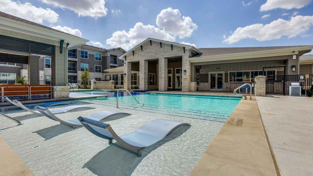 Spring TX Lux Second Chance Apartments