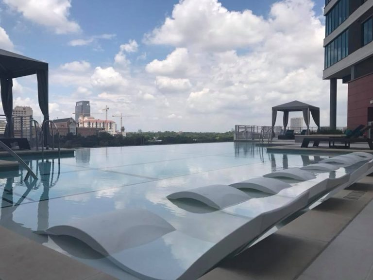 Houston Med Center Video of the Rooftop Pool
